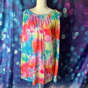 Simple by Suzanne Betro tie dye swing top. NWT